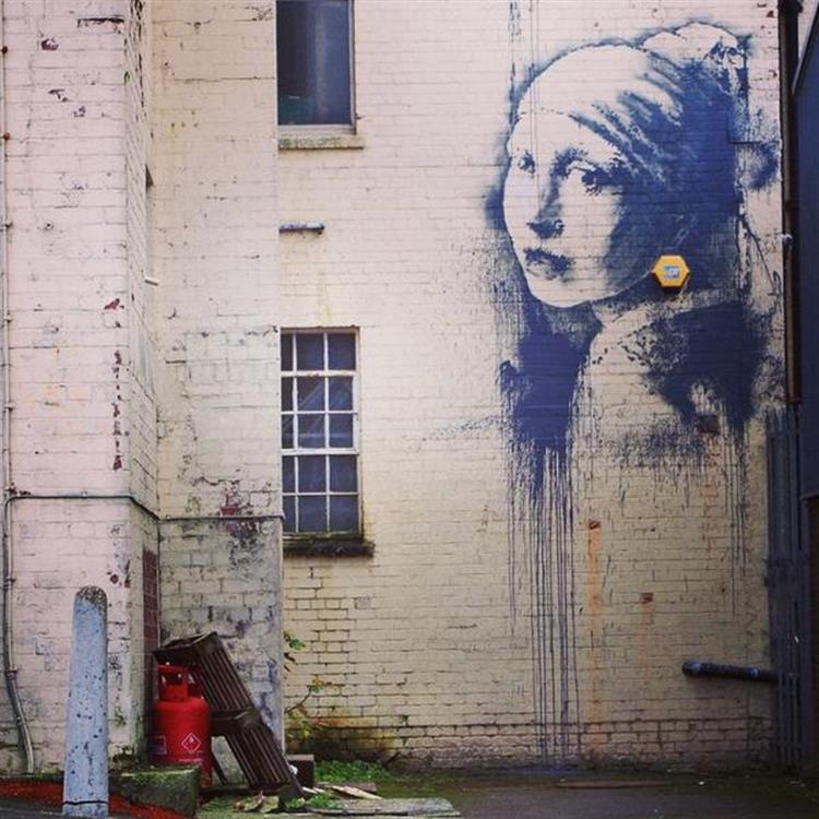 Há um novo Banksy nas ruas. E já foi vandalizado