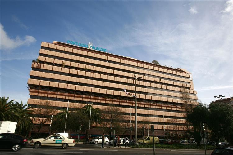 CMVM proíbe vendas a descoberto das acções da PT até quinta-feira