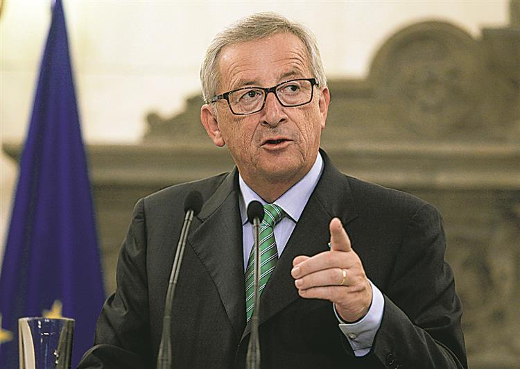 Juncker aponta o dedo aos que defendem que apenas austeridade leva ao crescimento