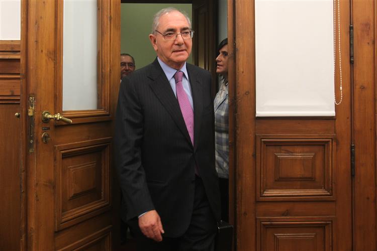 PS quer Machete com urgência no parlamento