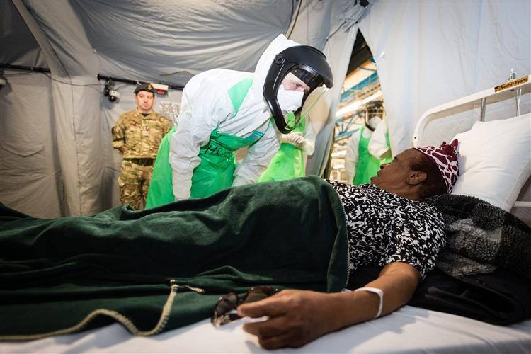 Imigração ilegal aumenta risco de ébola