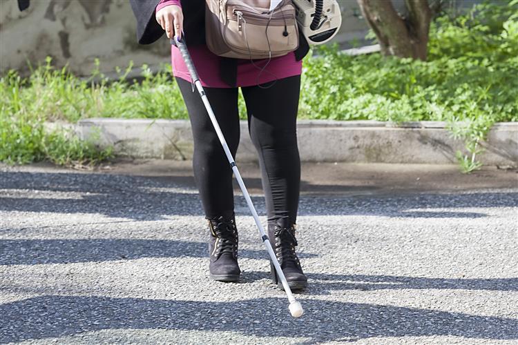 Mulher cega recupera visão depois de bater com a cabeça