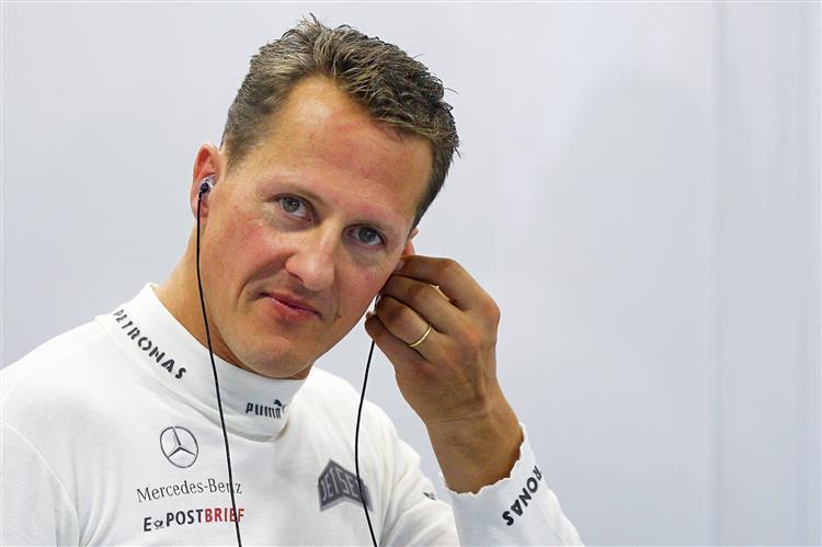 Michael Schumacher está sem 'falar e numa cadeira de rodas'