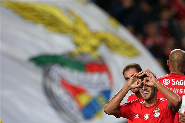 Benfica carimba bilhete para os 'oitavos' da Taça