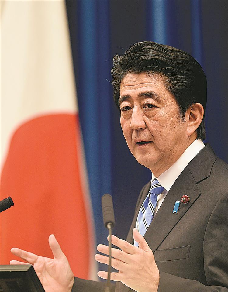 Abe dispara arma eleitoral