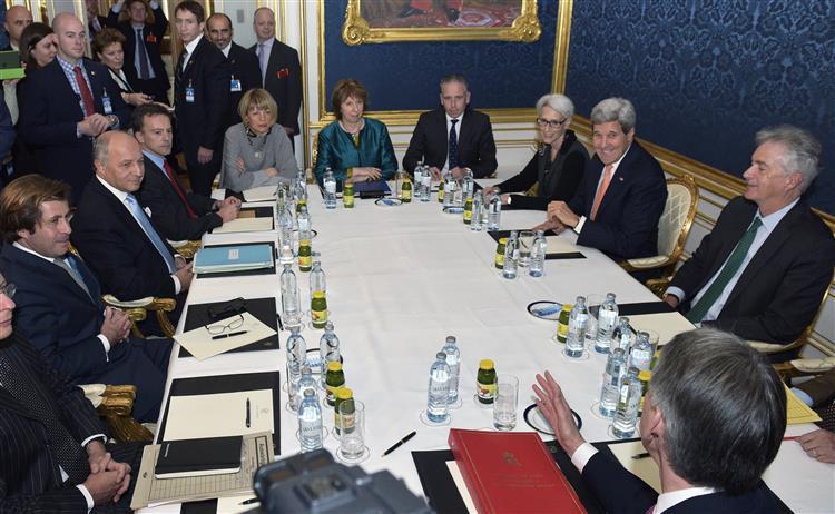 Programa nuclear iraniano: negociações até Junho de 2015