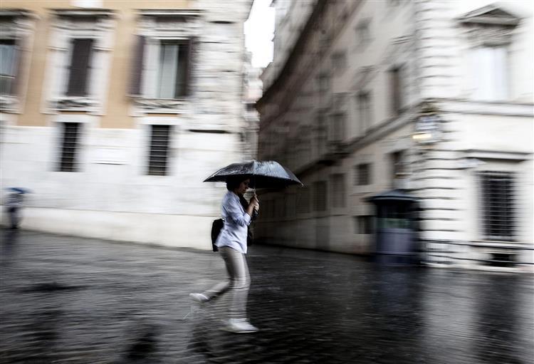 Chuva forte provoca inundações em Lisboa