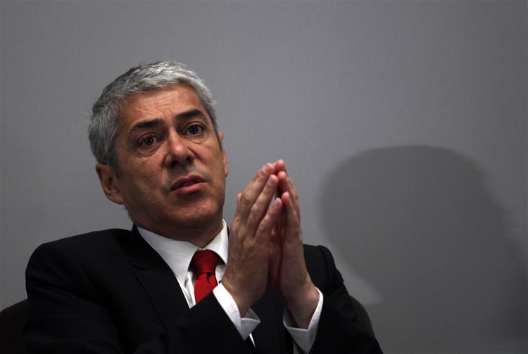 """Ex-magistrado do Tribunal dos Direitos do Homem decide """"habeas corpus"""" de Sócrates"""