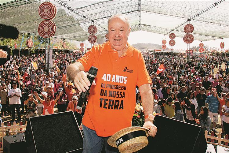 """Seis candidatos disputam a """"cadeira"""" que Jardim ocupa há quatro décadas"""