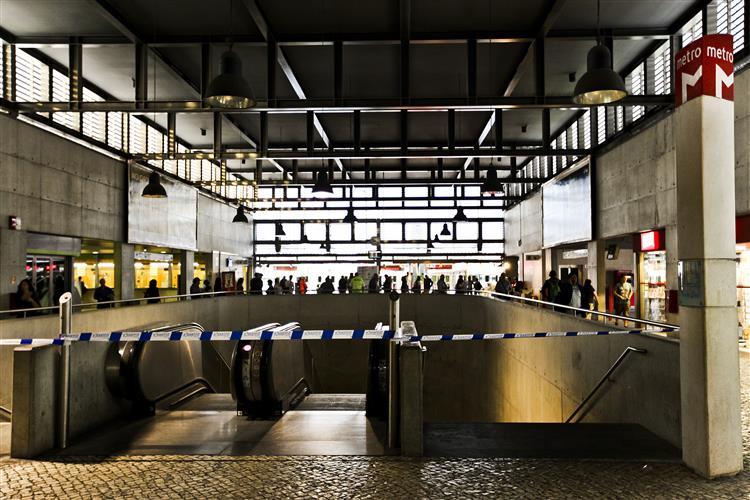 Metro de Lisboa encerra no domingo às 23h15