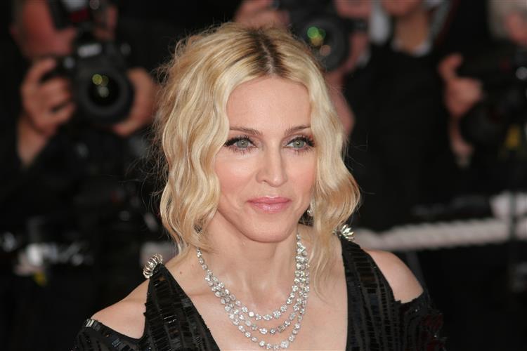 Madonna divulga seis canções de novo álbum, depois de fuga de informação