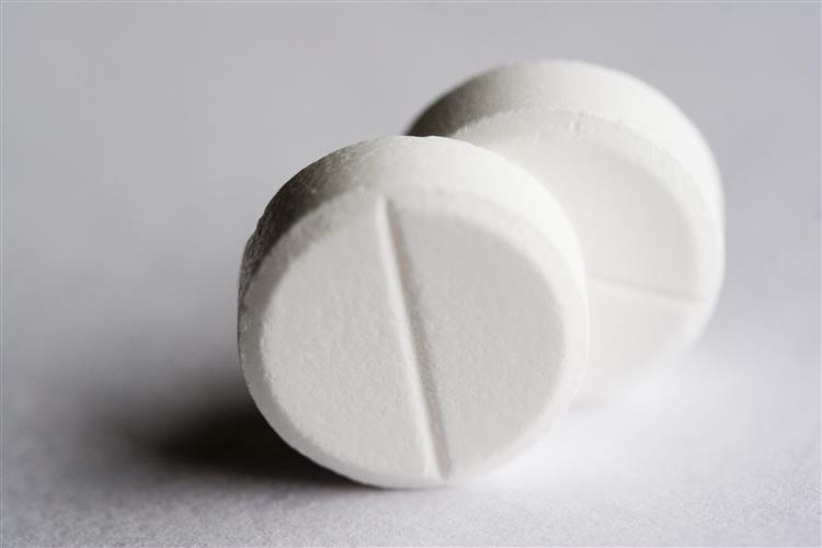 Um ibuprofeno por dia pode prolongar-lhe a vida até mais 12 anos