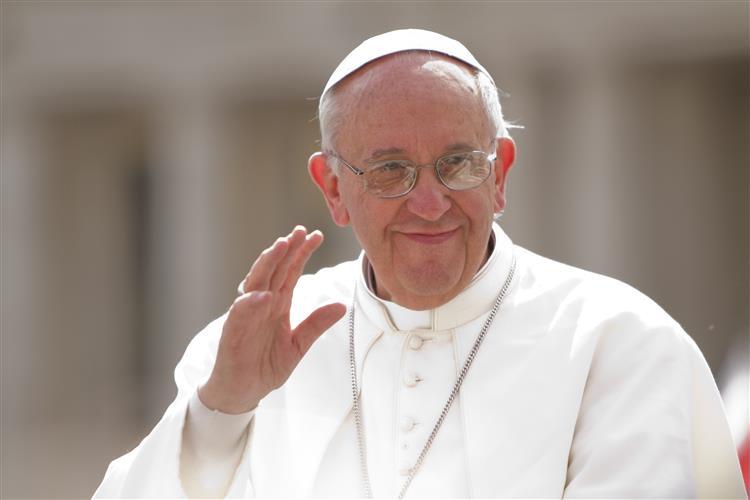 Papa pede que lares de idosos sejam 'casas e não prisões'