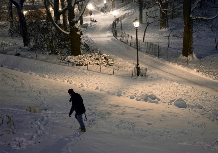 Tempestade de neve paralisa Nova Iorque