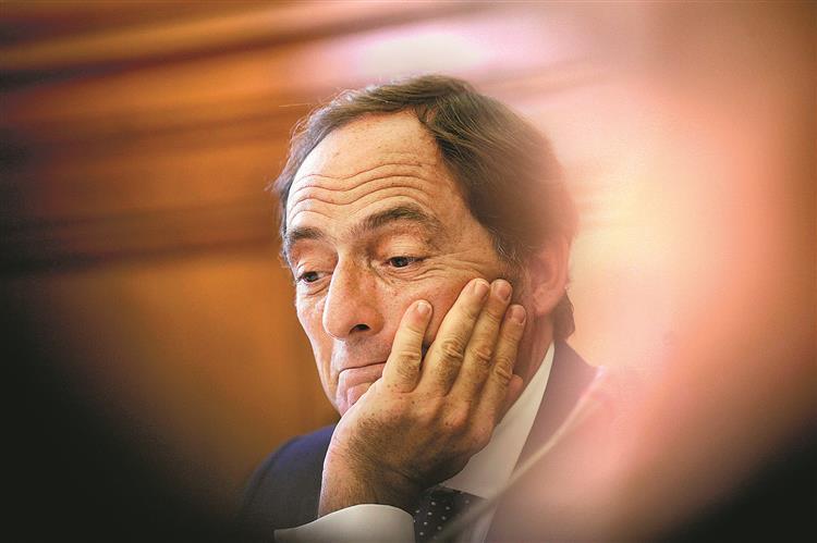 PS quer voltar a ouvir Portas no parlamento sobre vistos 'gold'