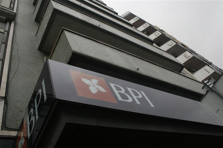 BPI apresenta prejuízos de 161,6 milhões de euros em 2014