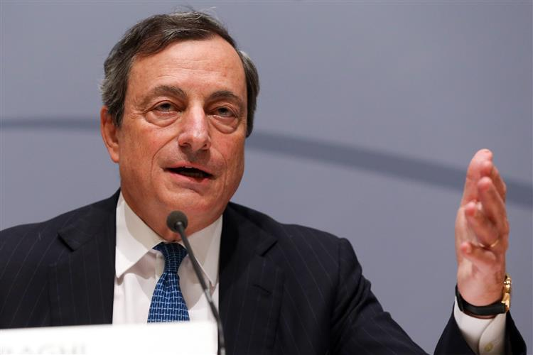 Tsipras telefonou a Draghi, Dijsselbloem e Schulz para reduzir tensão