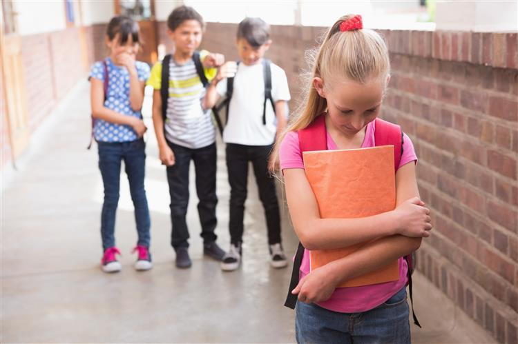 O que faria se visse uma criança a ser vítima de bullying?