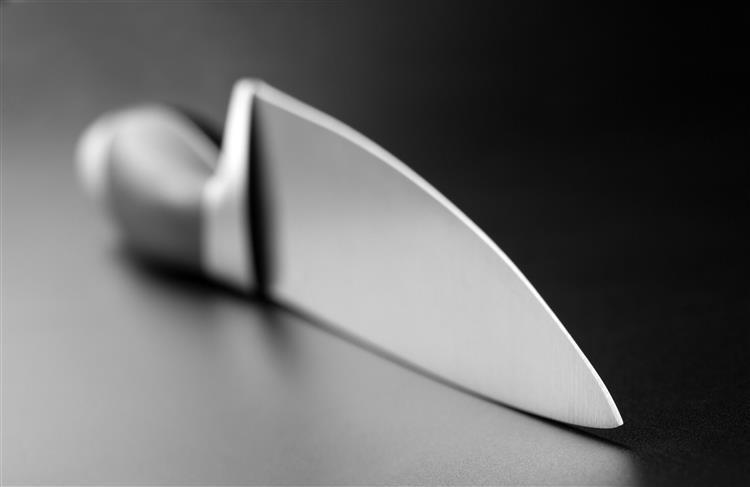 Homem admitiu ter usado faca de cozinha para matar vizinha