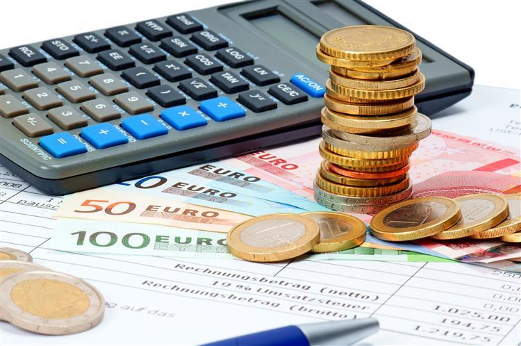 Fiscalistas: Reembolsos do IVA e 'marketing' político explicam não devolução da sobretaxa