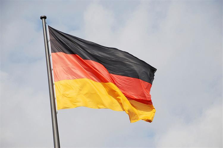 Dois homens detidos em Berlim suspeitos de preparar 'atos de violência'