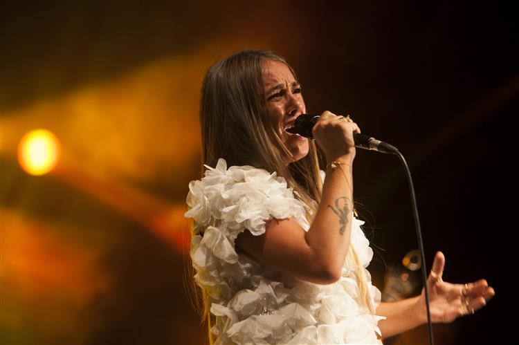 Gisela João, em versão 'Discos pedidos'