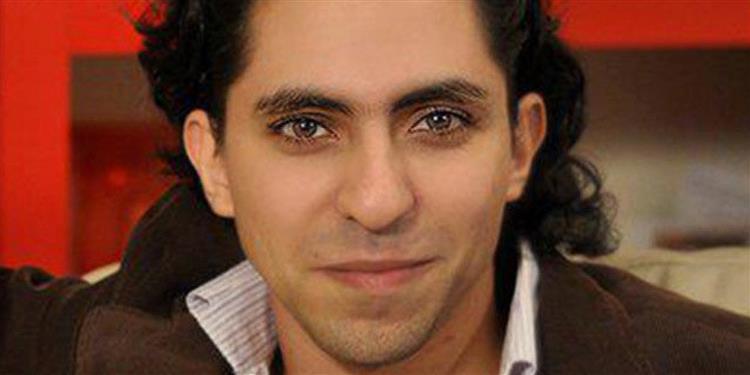 Rei da Arábia Saudita estuda perdão a bloguer que recebeu Prémio Sahkarov