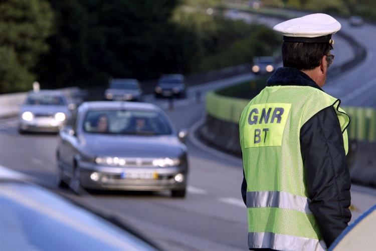 GNR deteve 140 pessoas durante o fim de semana