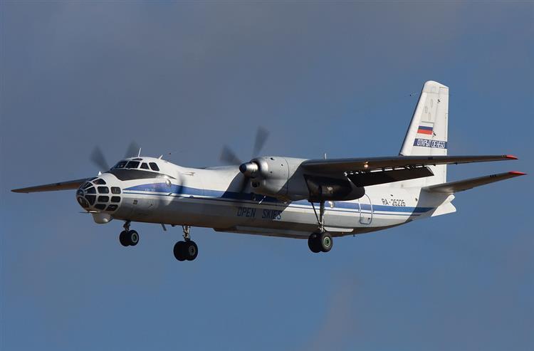 Avião militar russo vai sobrevoar Portugal e Espanha