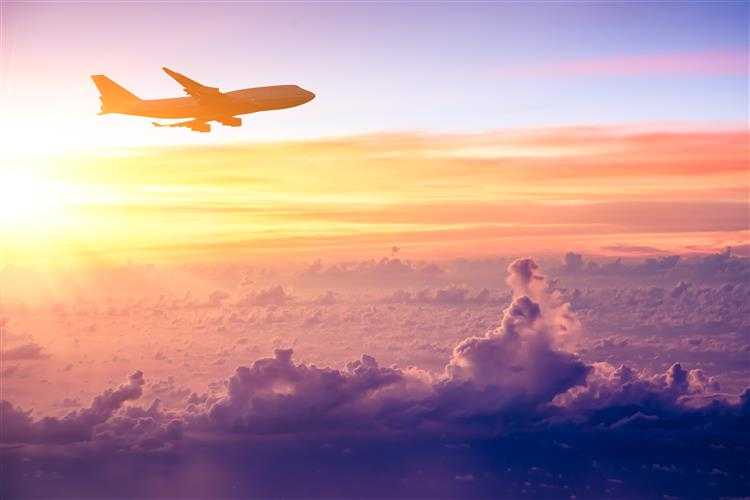 Cinco casos de pilotos que fizeram despenhar aviões