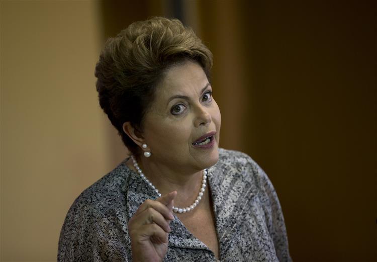 Petrobras escolhe antigo professor de Economia de Dilma para presidente