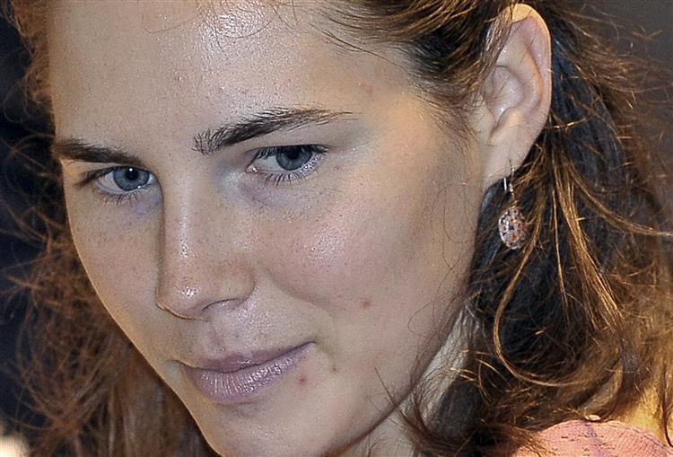Amanda Knox foi absolvida pelo Supremo Tribunal italiano