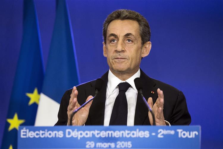 França: Vitória dos partidos de centro-direita nas eleições locais