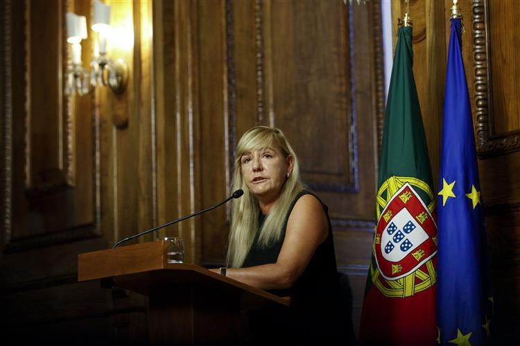 Paula Teixeira da Cruz admite alterações à reforma do mapa judiciário