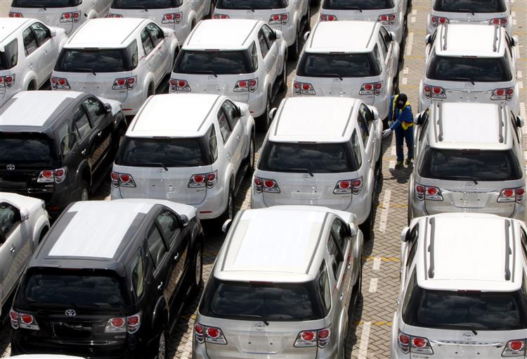 Concessionários de automóveis facturam mais apesar da crise