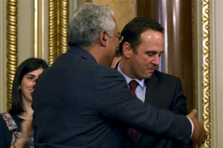 Conheça melhor o novo presidente da Câmara de Lisboa
