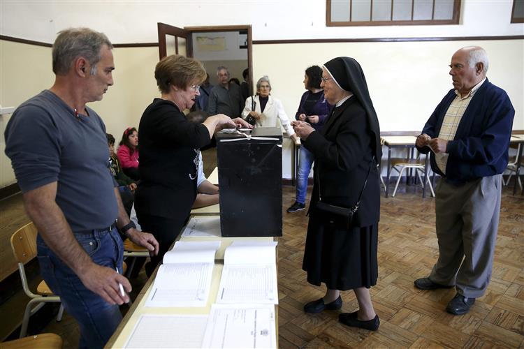 Madeira: Maior parte dos partidos defende recontagem total de votos