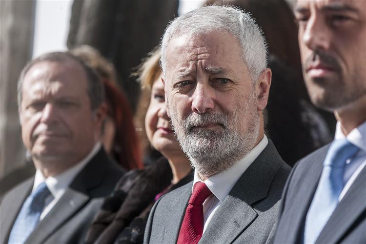 Sampaio da Nóvoa anuncia candidatura presidencial a 29 de Abril