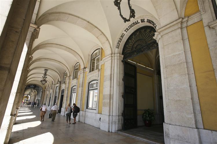 Supremo decide julgar juíza da Relação do Porto