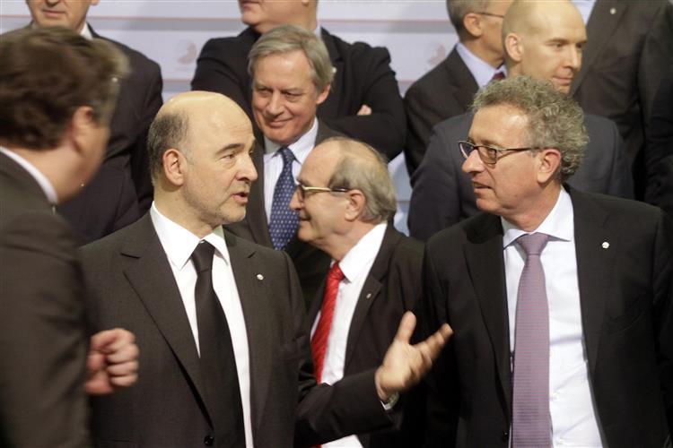 Responsáveis da zona euro negam ter sido discutido 'plano B' para a Grécia
