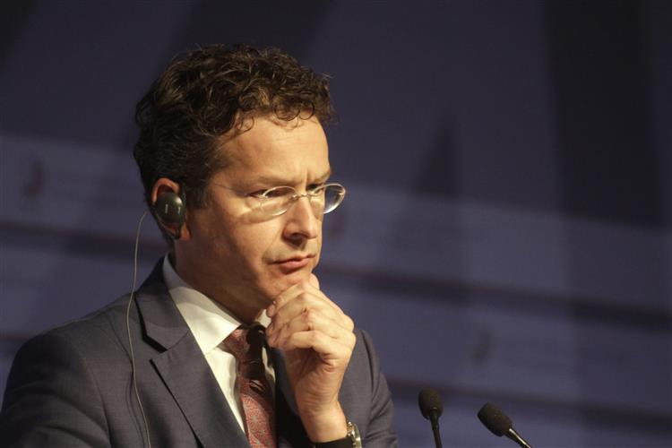 Dijsselbloem ligou a Tsipras para acalmar ânimos após tensão no Eurogrupo