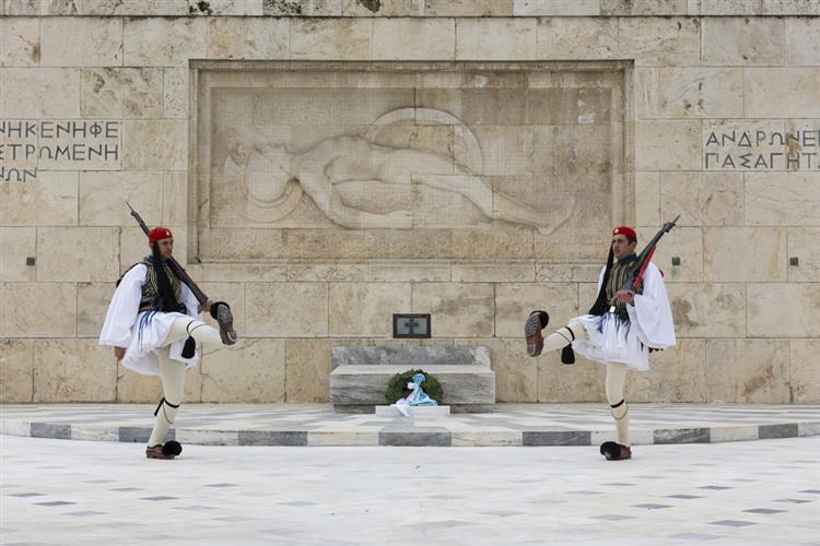 Governo português já admite saída da Grécia do euro