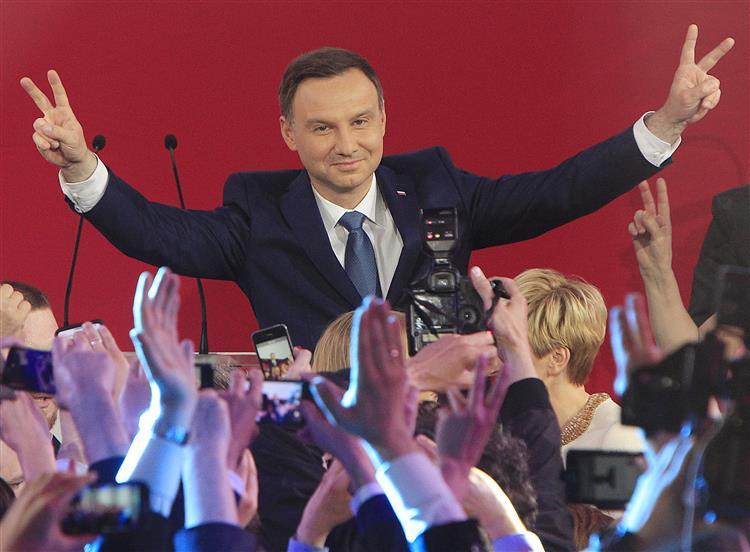 Derrota do Presidente inicia mudança de ciclo na Polónia