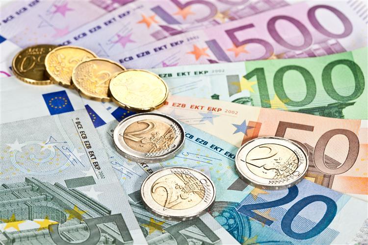 OE2015: Défice das administrações públicas cai para 1.553 milhões de euros