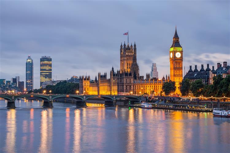 Governo britânico oficializa referendo sobre permanência na UE