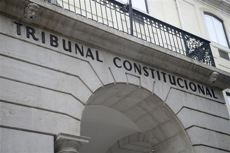 TC declara inconstitucional norma de acesso ao RSI