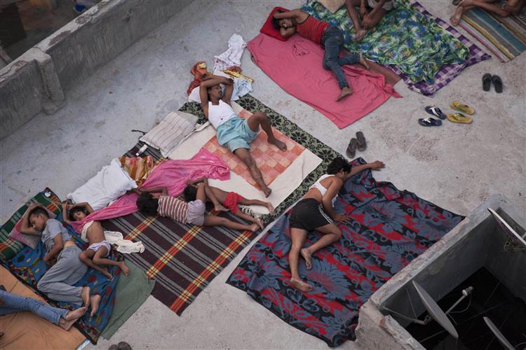 Índia enfrenta vaga de calor mais mortífera dos últimos 20 anos
