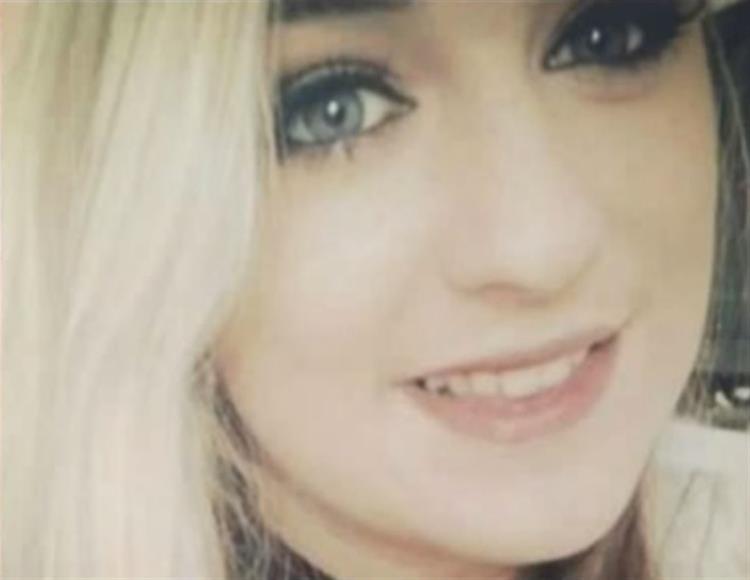 Adolescente morre de cancro depois de médicos ignorarem sintomas