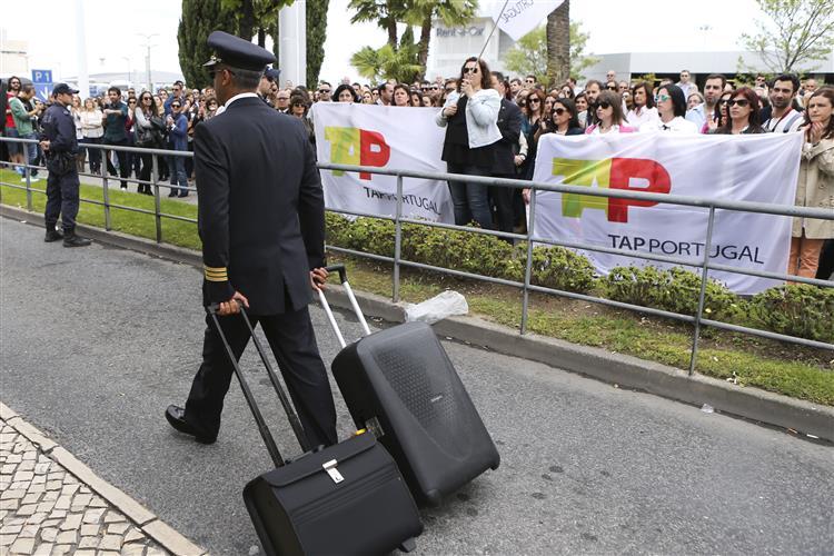 TAP: Sindicato fala no cancelamento de 50% dos voos até às 18h00