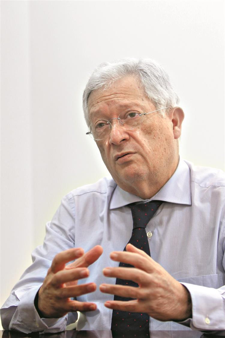 Augusto Mateus: 'Privatizar a TAP é melhor do que definhar'